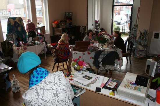 The Bank House: People join the new craft table in Lighthouse Yarns.