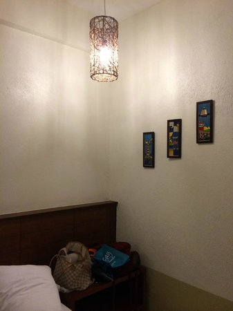 Agos Boracay Rooms + Beds: lovely lights