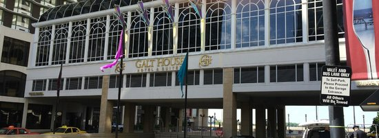 Galt House Hotel : Outside of the 3rd floor conservatory