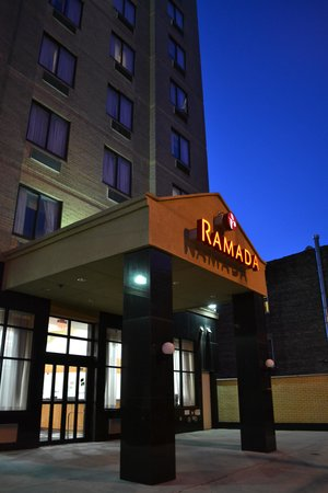 Ramada Long Island City: El hotel