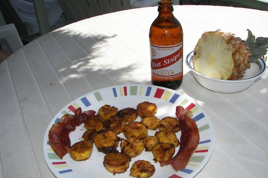 Citronella: fried plantans with cane sugar deglazed with Crown XO, and jerk bacon