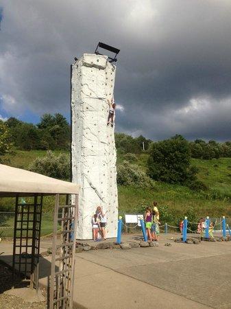"Fun Park: 32"" Climbing Wall"