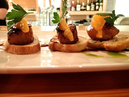 The Fish Store and Oyster Bar : Orange Scallops