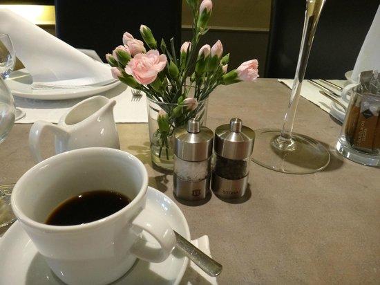 Unitas Hotel: Um café forte e delicioso !