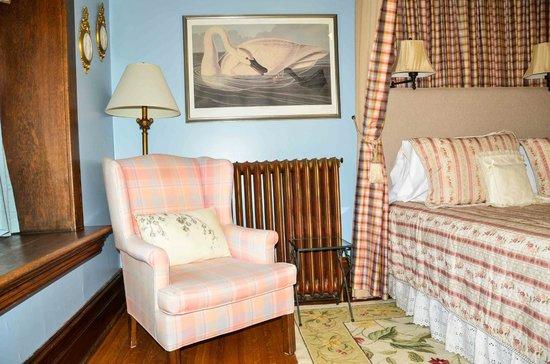 Birmingham Manor Bed and Breakfast : Room