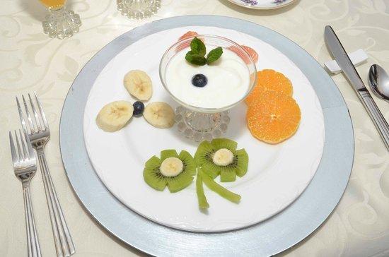 Birmingham Manor Bed and Breakfast : Breakfast