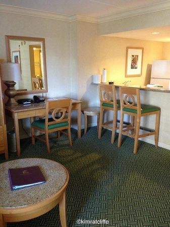 Waikiki Marina Resort at the Ilikai: Room