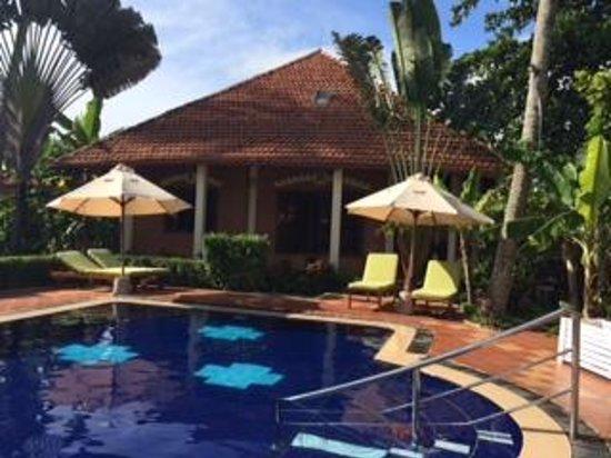 Cassia Cottage: children pool