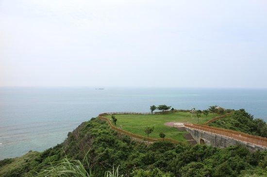 Cape Chinen Park: 知念岬公園