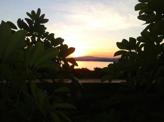 Hotel Art & Spa Las Cumbres: vista del atardecer desde la habitaciòn...