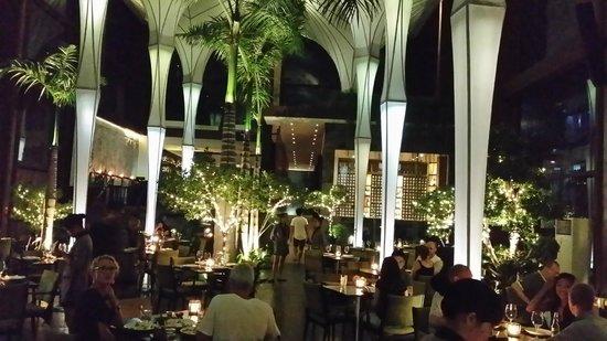 Merah Putih Restaurant: Beautiful restaurant