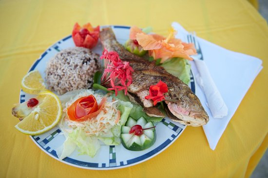 Tropical Paradise Restaurant: Fried Fish - Special