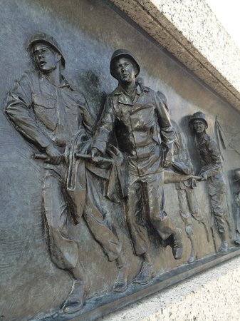National World War II Memorial: Love the bronze plaques lining the entrance