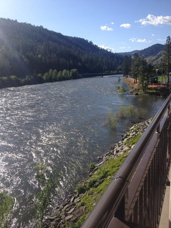 BEST WESTERN PLUS Lodge at River's Edge: And another balcony view.