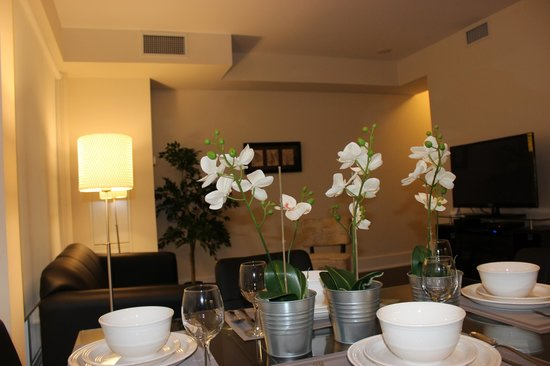 Atlas Suites - Mariner Furnished Apartments: One Bedroom Apartment
