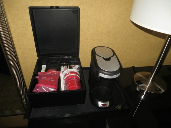 Charlotte Marriott City Center : Great coffee for an in room machine!