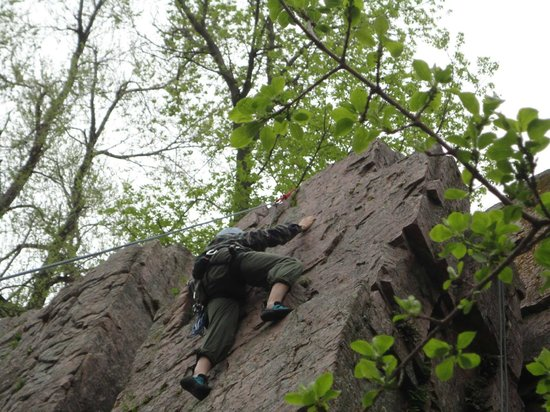 Sylvan Rocks Climbing School: South Wall, Mystery Climb 5.7
