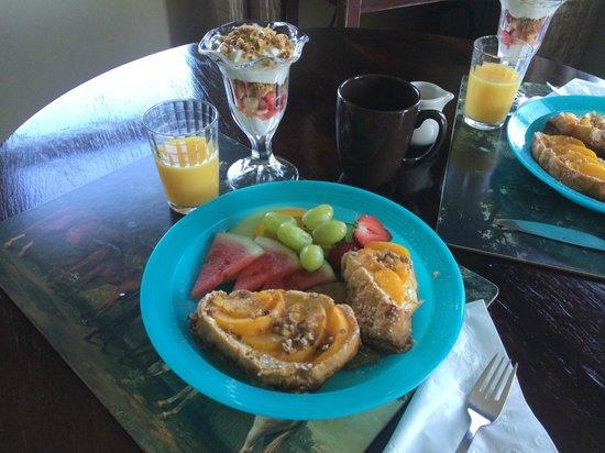 Piney Hill Bed & Breakfast : BREAKFAST