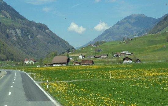 Mount Titlis: Engelberg in Spring