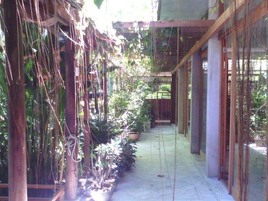 Ha An Hotel: wooden villa in hội an