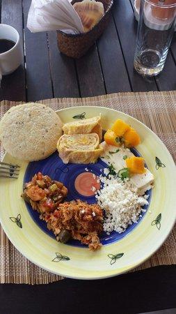 Posada Kanosta: Desayuno