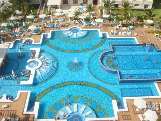 Hotel Riu Palace Aruba: Vista de la segunda habitacion.