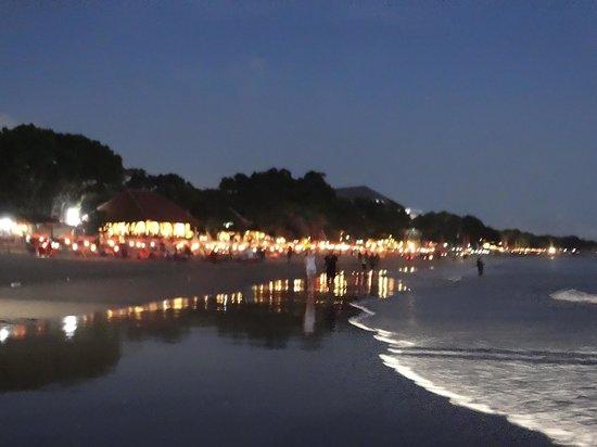 Seminyak Beach: Quiet & easy