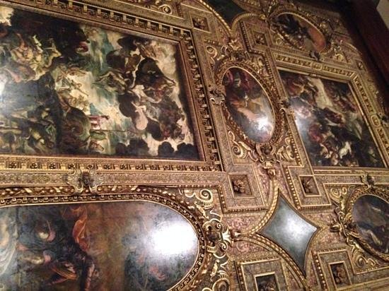 Scuola Grande di San Rocco: Looking Into The Mirror