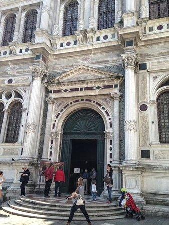 Scuola Grande di San Rocco : Exterior View