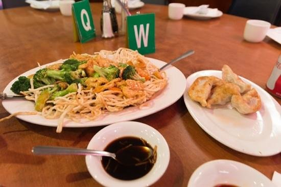 Joe's Shanghai: great meal for 2