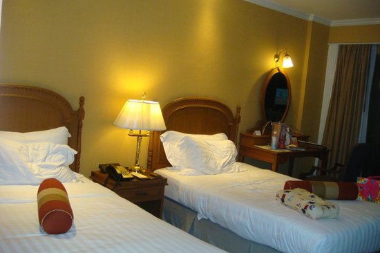 Dusit Thani Hua Hin: twin bed