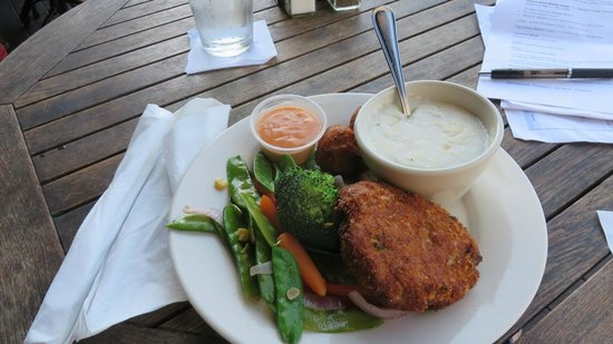 Tubby's Seafood: Crab cake !