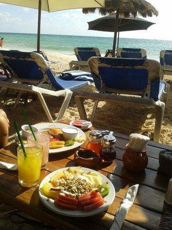 Fusion Bar & Restaurant: heerlijk ontbijtje