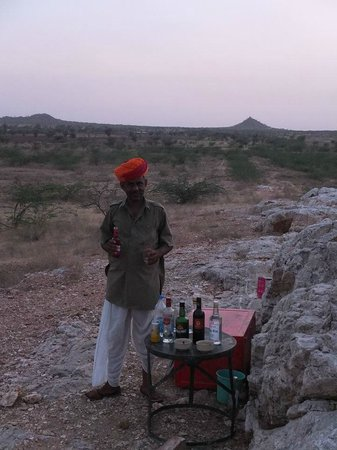 "Chandelao Garh : ""Sundowner"" bar!"