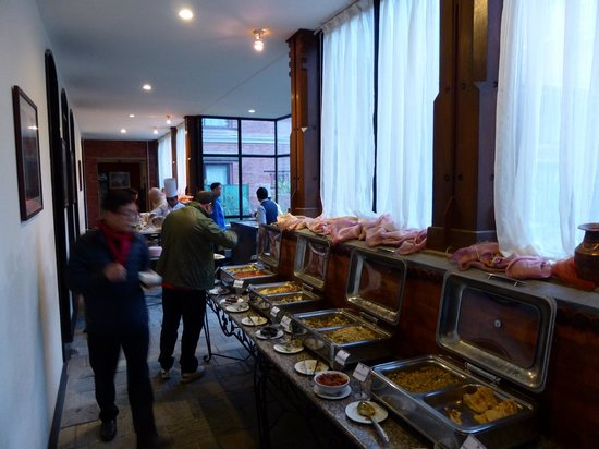 Gokarna Forest Resort: Lots of food for breakfast
