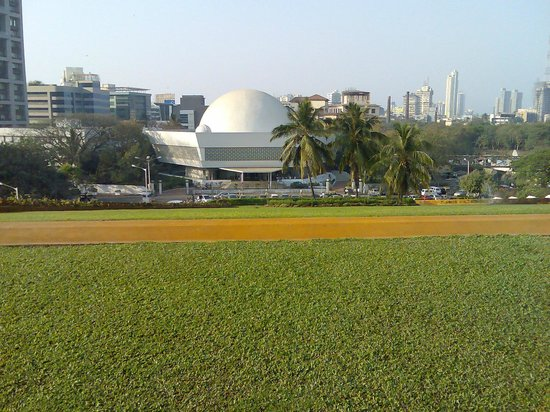 Nehru Planetarium: Long distance view