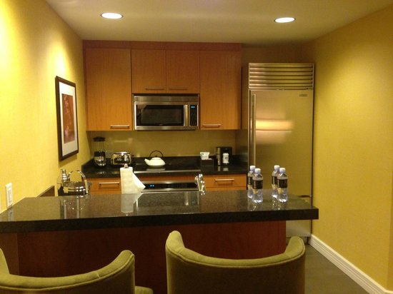 Trump International Hotel Las Vegas Corner Suite Kitchen