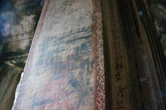 Angkor Wat: 昔の日本人の落書き?