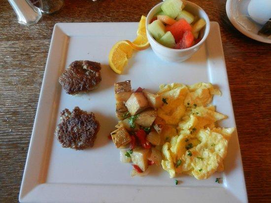 The Groveland Hotel: Breakfast