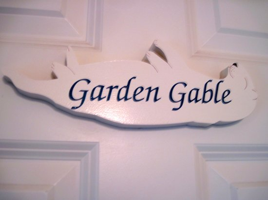 The Old St. Angela Inn: Garden Gable room