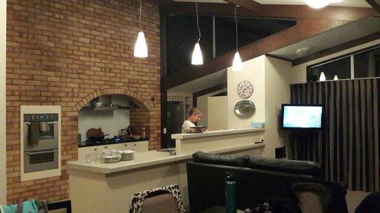 Reflection Lodge : kitchen