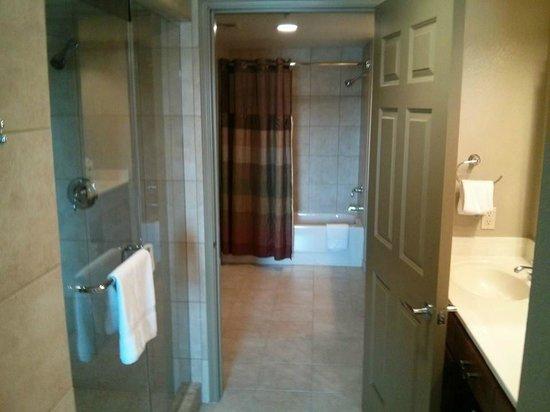 "Bluegreen Club 36: ""A"" suite bathroom"