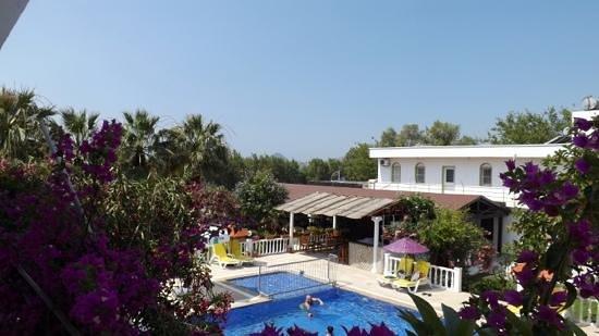 Yilmaz Hotel: view of hotel from balcony
