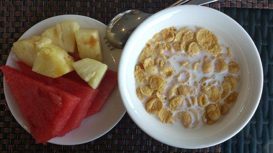 The Klagan Hotel: Buffet breakfast round 5
