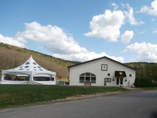Brewery Ommegang: Gift Store/Tasting Room/Cafe