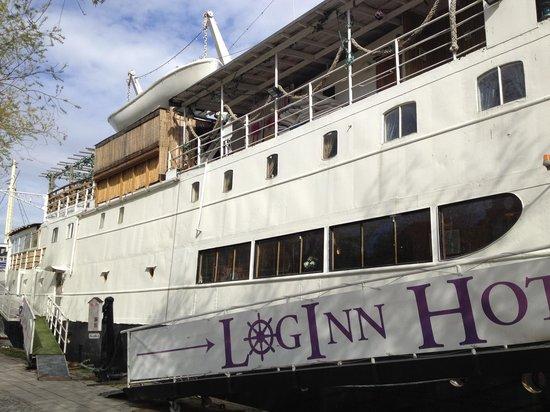 Loginn Hotel : Particolare esterno