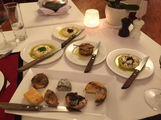 Trois Gourmands: The cheese selection at Trois Gourmand in HCMC