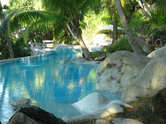 North Island Seychelles: the pool