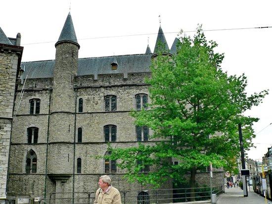 Geeraard de Duivelsteen (The Castle of Gerald the Devil): Het Duivelsteen