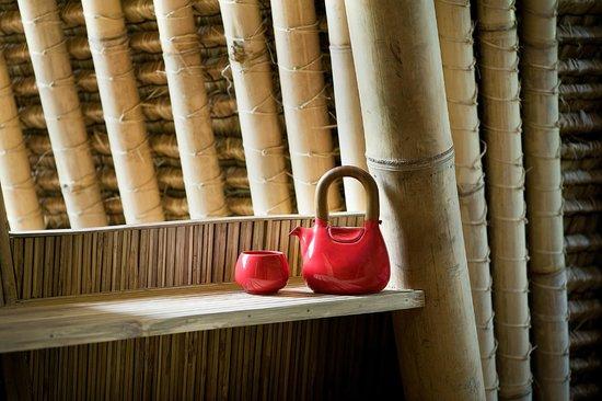 Jenggala: The Hand Bag Tea Set in Ferrari Red glaze
